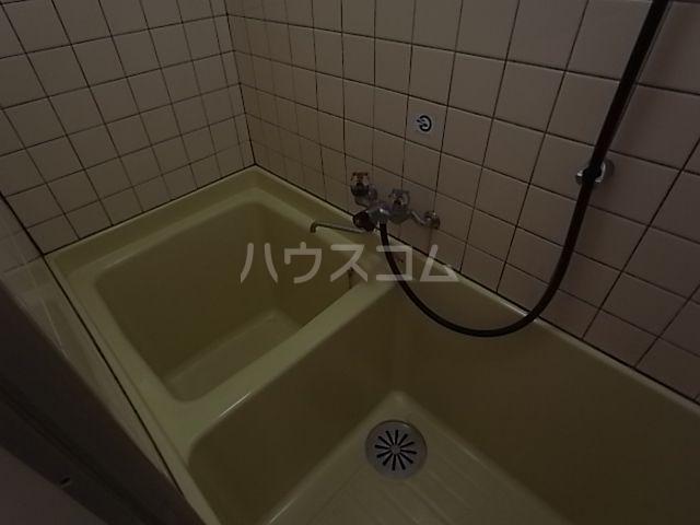 プラザ九大前Ⅱ 201号室の風呂