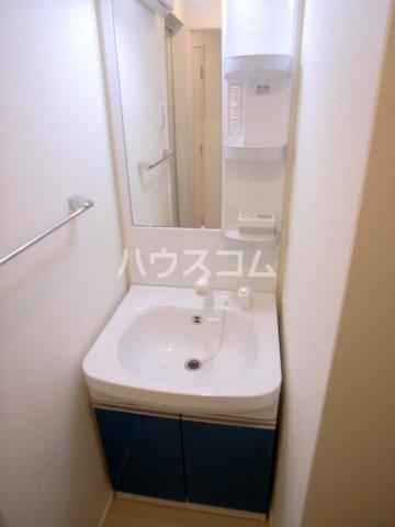 サヴォイ箱崎セントリシティ 705号室の洗面所