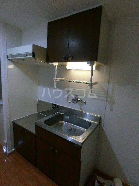 メゾン土井B 205号室のキッチン