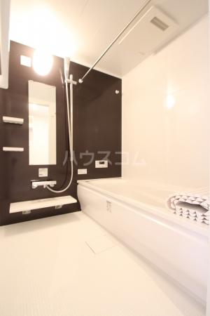 D-roomS・K A棟 205号室の風呂