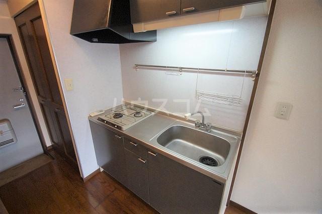 シャトー'98 103号室のキッチン