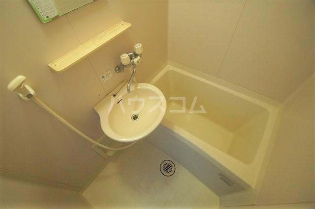 シャトー'98 103号室の風呂