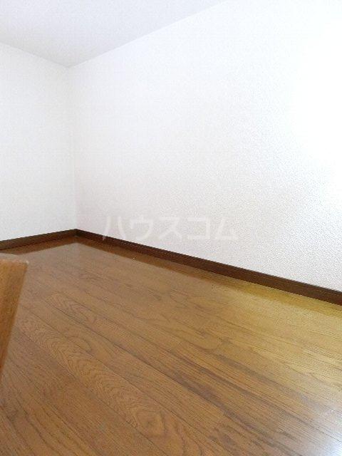 シャトー'98 405号室のベッドルーム
