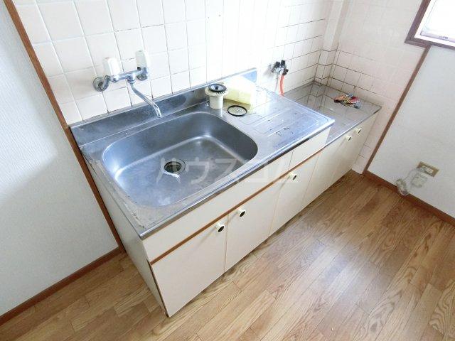 ハイツ坂本 202号室のキッチン