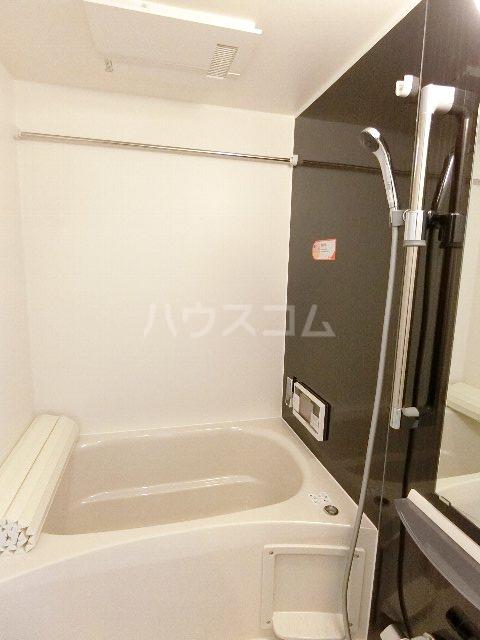 フェリーチェ B棟 203号室の風呂