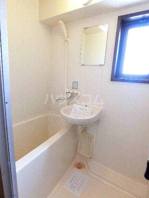 ロイヤルコート九大前 601号室の風呂