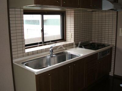 アムール香椎駅南 401号室のキッチン
