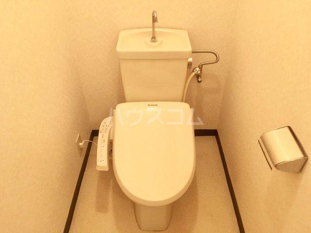 アムール香椎駅南 401号室のトイレ
