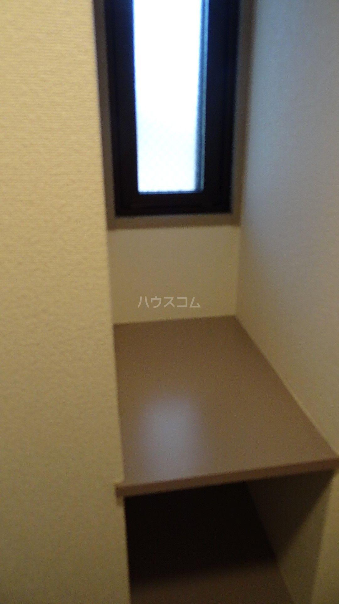 Y's court 302号室の収納