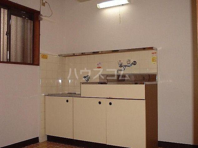 大明コーポ 206号室のキッチン