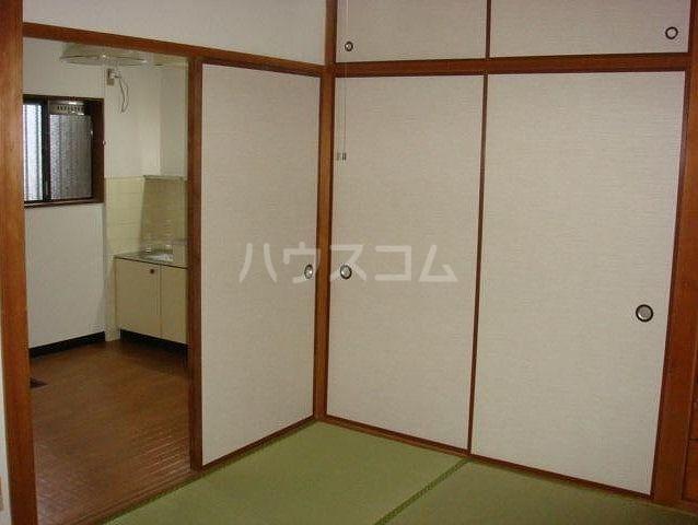 大明コーポ 206号室のベッドルーム