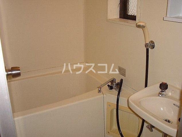 大明コーポ 206号室の洗面所