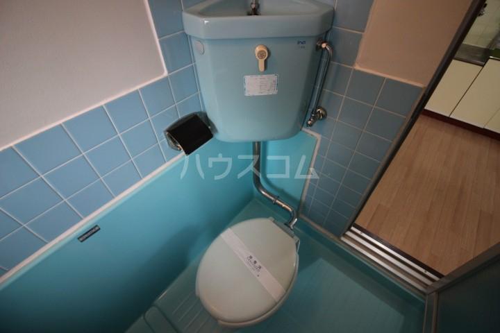 コーポグランド美野島 403号室のトイレ