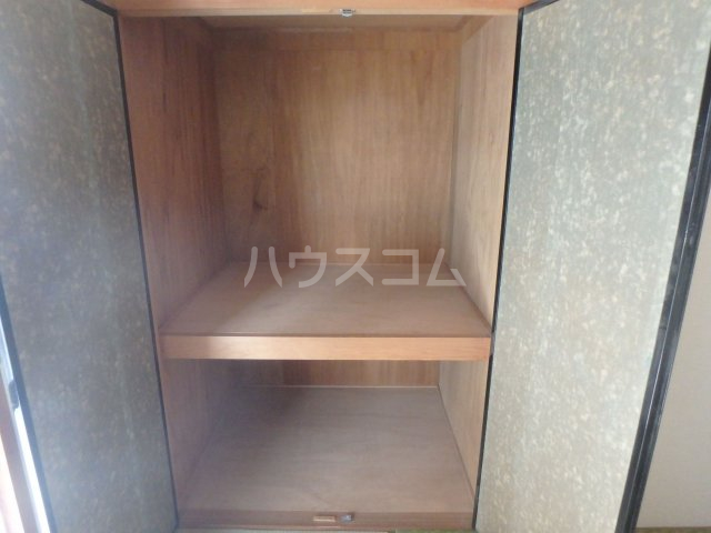 KYUKO第5ビル 4F号室の収納