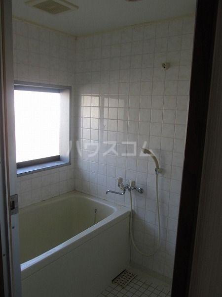 岸野荘 15号室の風呂