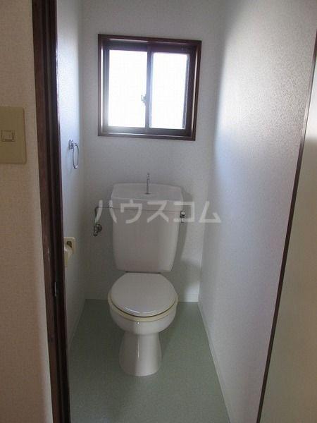 岸野荘 15号室のトイレ