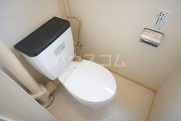 照栄ハイツ 201号室のトイレ