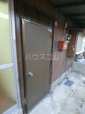 山方貸家の玄関