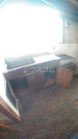 平野アパート 201号室のキッチン