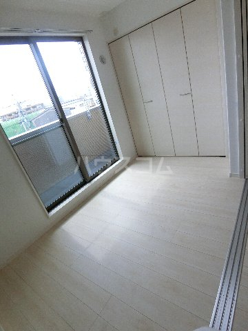 J・プレミアム箱崎 202号室のベッドルーム