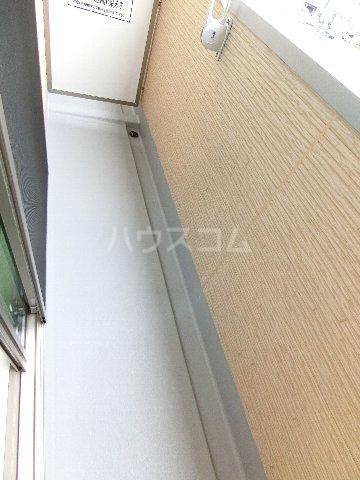 J・プレミアム箱崎 202号室のバルコニー