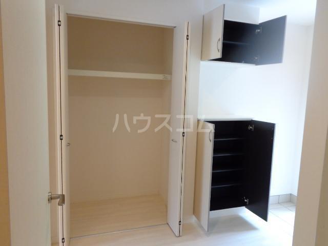 メゾンキャリコ 201号室のキッチン