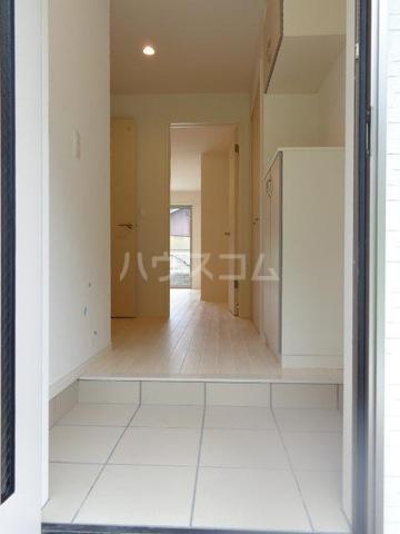 メゾンキャリコ 203号室の玄関