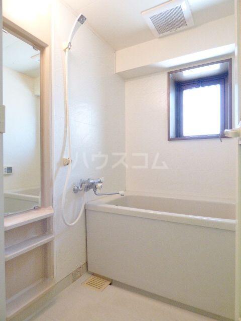 ロマネスク箱崎第3 1201号室の風呂