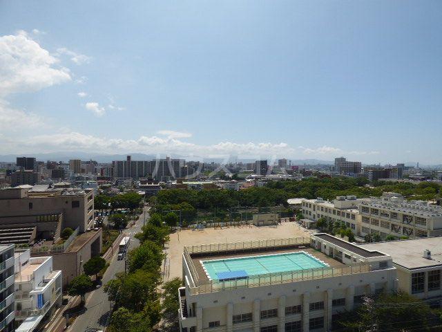ロマネスク箱崎第3 1201号室の景色