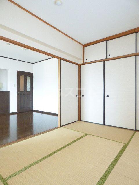 ロマネスク箱崎第3 1201号室の収納