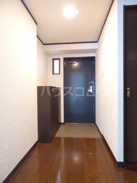 ロマネスク箱崎第3 1201号室の玄関