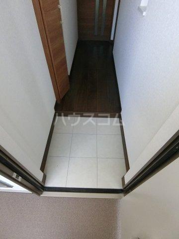 コルテス千早 203号室の玄関