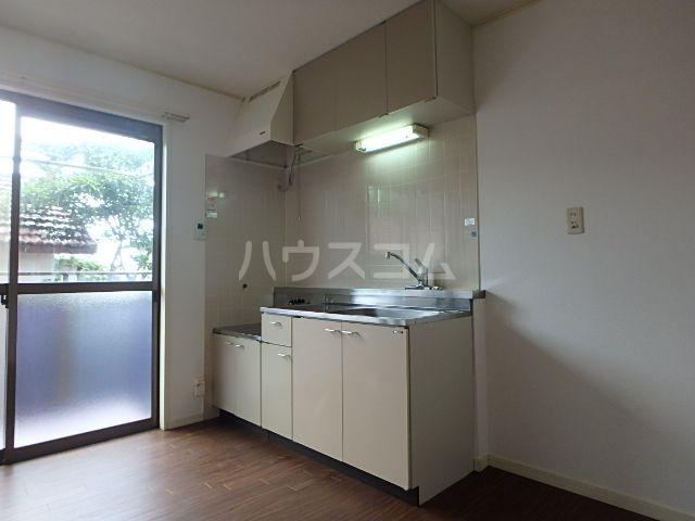 ヒルトップ粕屋Ⅰ 102号室のキッチン