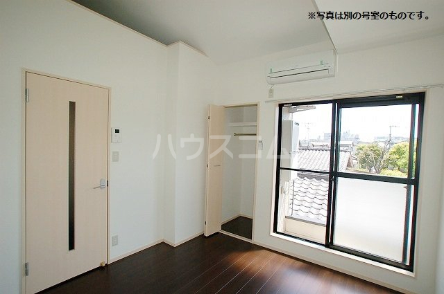 シュプリームメゾンB 103号室のその他部屋
