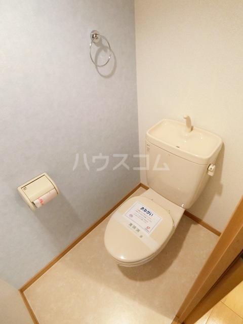 プレミール・コノミ 404号室のトイレ