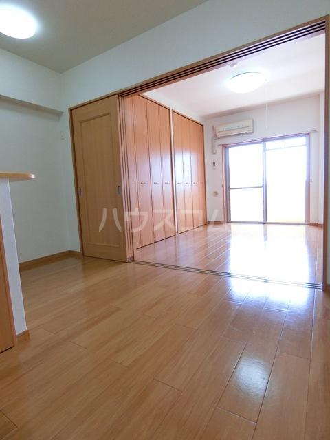 プレミール・コノミ 404号室のベッドルーム