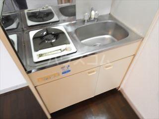 ネオパレス名島 103号室のキッチン