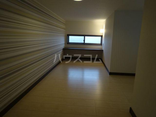 メゾンソレイユ2 202号室のベッドルーム