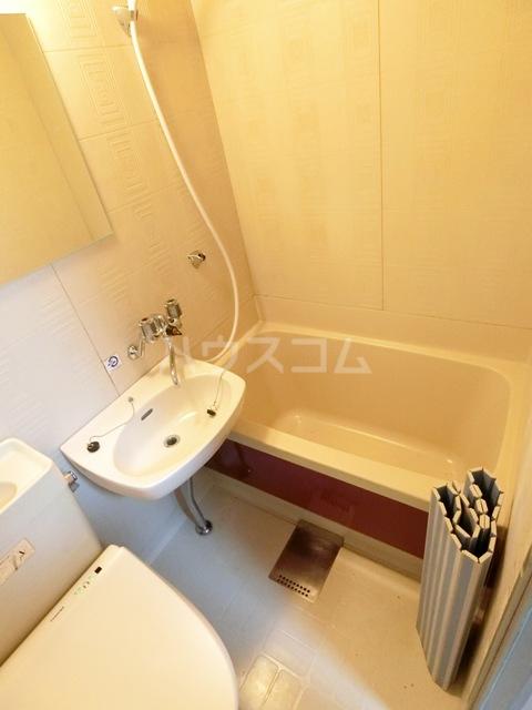 竜文堂第一ビル 302号室の風呂