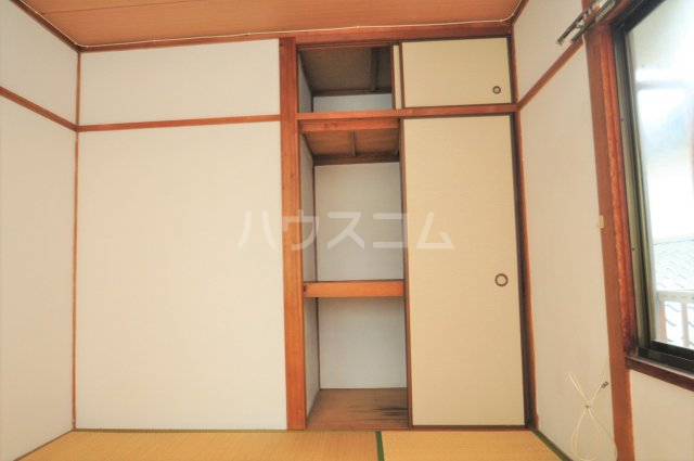 松島ハイツ 5号室の収納
