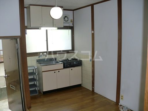 松島ハイツ 11号室のキッチン