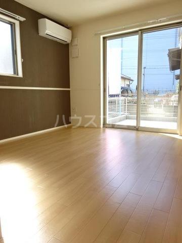 仮)須惠町須惠アパート 202号室のリビング