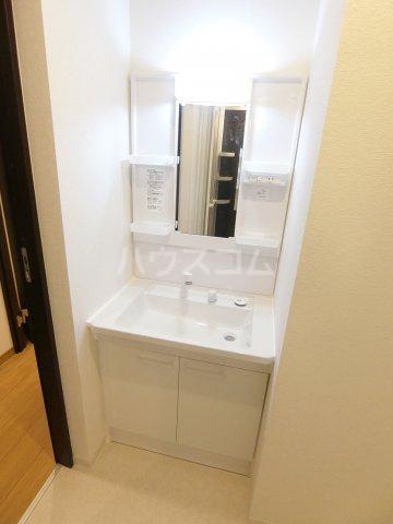 RIVAGE箱崎東 201号室の洗面所