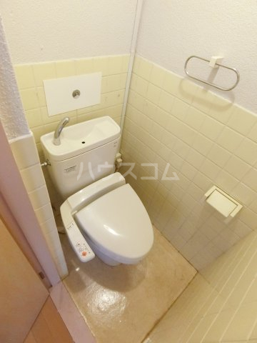 川嶋コーポ 301号室のトイレ