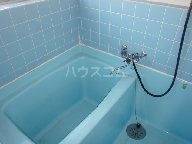 深見アパート 2号室の風呂