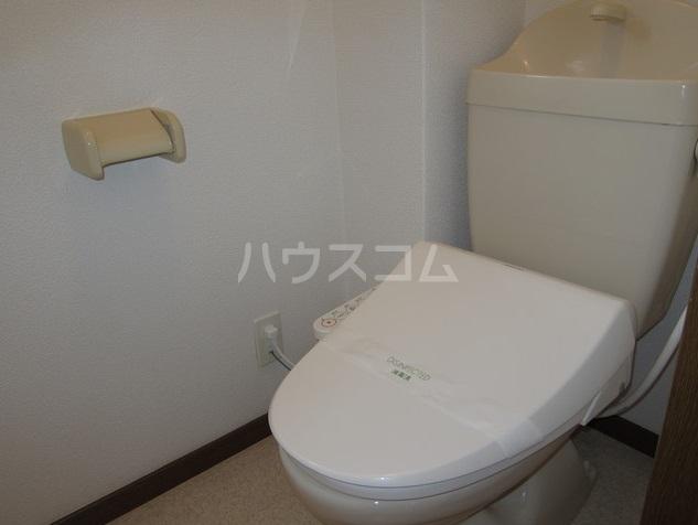 コーポマロニエA棟 202号室のトイレ
