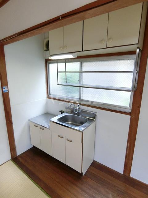 田中荘 203号室のキッチン