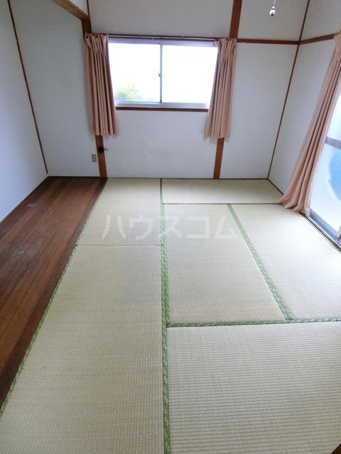 田中荘 203号室のベッドルーム