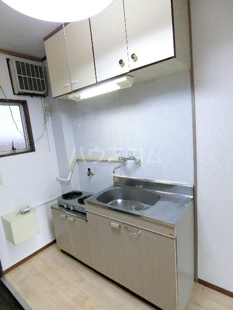 マルヤハイツ 105号室のキッチン