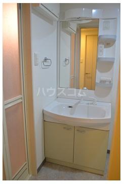 MDIグラシオヴィータ仲原 103号室の洗面所